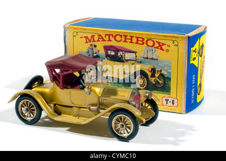 Y6 Matchbox Models of Yesteryear 1913 Cadillac produced by Lesney in 1968 - Stock Photo