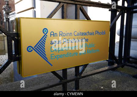 department of public expenditure and reform roinn caiteachais phoibli agus athchoirithe dublin republic of ireland - Stock Photo