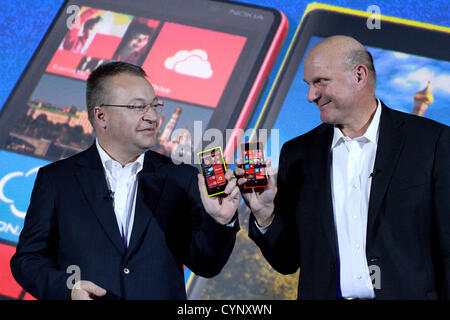 Nov. 6, 2012 - Moscow, Russia - November 06,2012. Pictured: Microsoft CEO Steve Ballmer (r)and Stephen Elop (l),the - Stock Photo