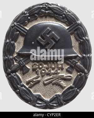 Wound Badge '20 July 1944' in Black, Silver, partially patinated and polished. Marked 'L/12' for Juncker and '800' - Stock Photo