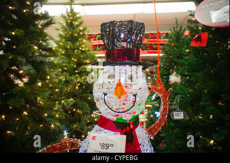 Seasonal Christmas display in a department store in New York - Stock Photo