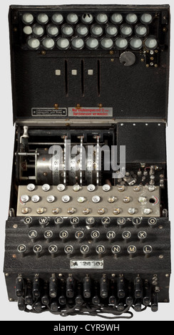 A German 'Enigma I' cipher machine, army issue, No. 'A 12630' Manufactured in 1941 by the Heimsoeth und Rinke Cipher - Stock Photo
