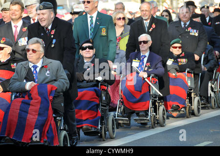 Whitehall, London, UK. 11th November 2012. A group in wheelchairs in the column line up before the service near - Stock Photo