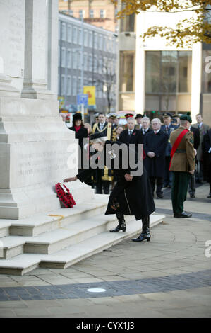 Dame Mary Peters D.B.E Lord Lieutenant of the County Borough of Belfast was the first to lay a wreath at the Cenotaph - Stock Photo