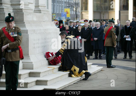 The Rt Hon Lord Mayor of Belfast, Alderman Gavin Robinson lays a wreath at the Cenotaph in Belfast, at the national - Stock Photo