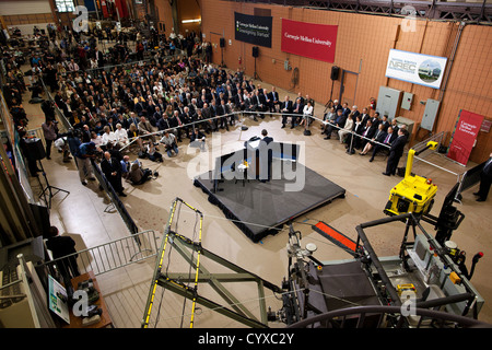 US President Barack Obama delivers remarks following a tour of the National Robotics Engineering Center at Carnegie - Stock Photo