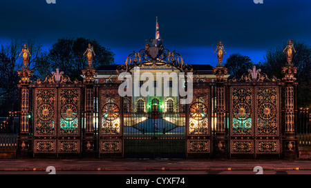 Warrington Town Hall at dawn and Golden gates - Stock Photo