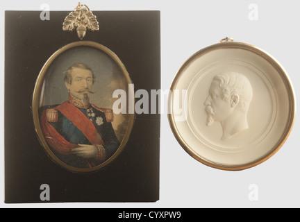 SECONDE REPUBLIQUE ET SECOND EMPIRE 1848-1870, Lot de deux objets, Miniature représentant l'Empereur Napoléon III. - Stock Photo