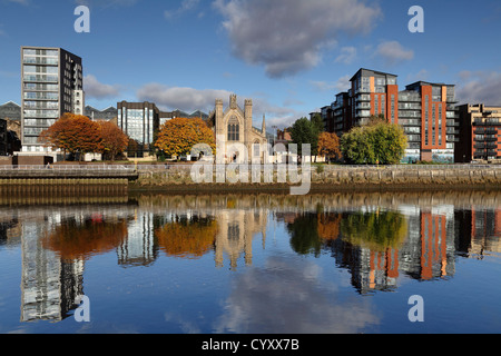 View North across the River Clyde with St Andrew's Roman Catholic Cathedral in the centre, Glasgow, Scotland, UK - Stock Photo