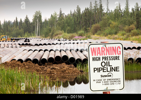 Pipeline construction work north of Fort McMurray in the heart of the Canadian tar sands - Stock Photo