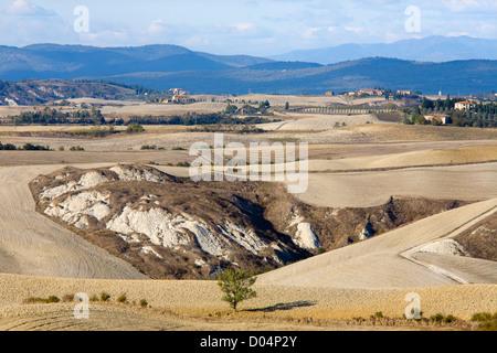 europe, italy, tuscany, siena, crete senesi, landscape - Stock Photo