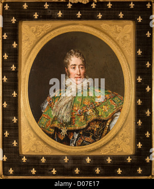 COMTE D'ARTOIS (1757-1836) FUTURE CHARLES X CALLED WELL-LOVED KING FRANCE NAVARRE PLAQUE IN SEVRES PORCELAIN PAINTED - Stock Photo