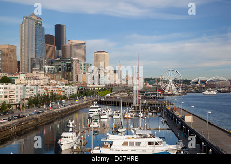 WA, Seattle, The Seattle Great Wheel, and Seattle Skyline from Pier 66 - Stock Photo