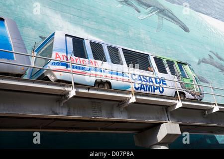 Metromover & Wyland mural on SE 1st Street,Miami, Florida, USA - Stock Photo