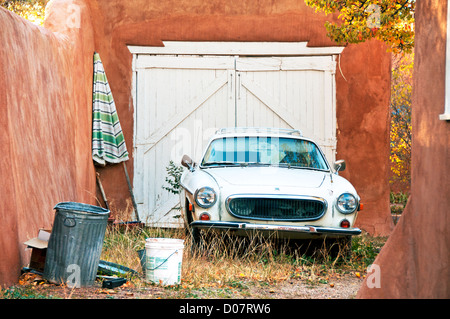 Volvo car vintage old parked driveway - Stock Photo