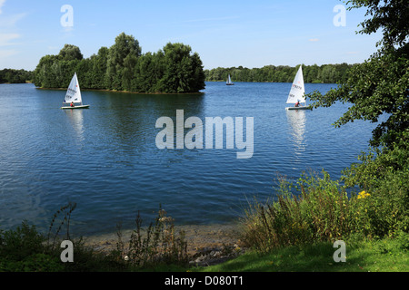 Segelboote auf dem Elfrather See in Krefeld-Uerdingen, Niederrhein, Nordrhein-Westfalen - Stock Photo