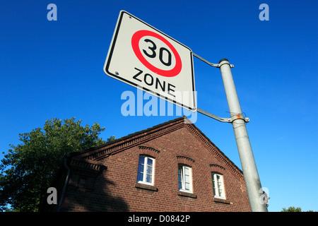 D-Oberhausen, Lower Rhine, Ruhr area, Rhineland, North Rhine-Westphalia, NRW, D-Oberhausen-Osterfeld, Eisenheim - Stock Photo