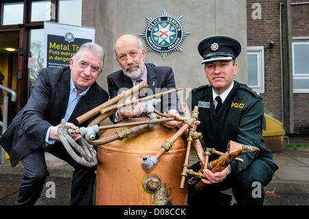 Belfast, Northern Ireland. 20th November 2012. Dennis Monaghan (Metal Recycling Industry), Justice Minister David - Stock Photo