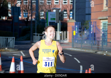 Leeds, UK 18th November 2012. Leeds City Center, the AGE UK Leeds Abbey Dash 10K race. A record 9,000 people registered - Stock Photo