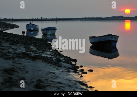 BOATS LYING AT ANCHOR IN THE BAY OF SOMME SAINT-VALERY-SUR-SOMME SOMME (80) FRANCE - Stock Photo