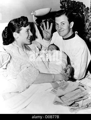 PAT BOONE US singer and film actor with wife Shirley and daughter Laura in February 1958 - Stock Photo