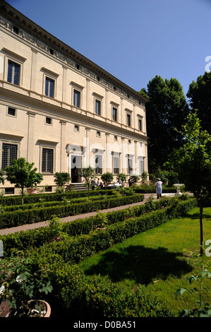 italy, rome, trastevere, villa farnesina (villa chigi), renaissance garden - Stock Photo