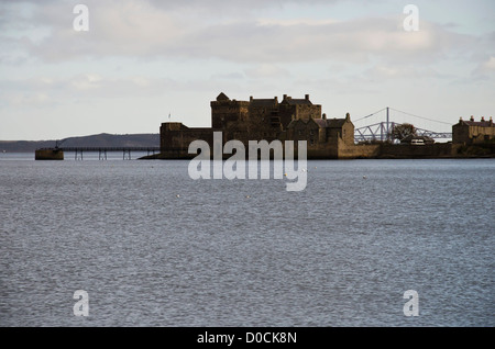 Blackness Castle on the shore of the Firth of Forth (Forth Estuary), West Lothian, Scotland. - Stock Photo
