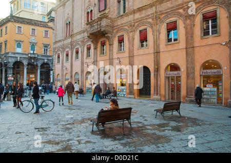 Italy emilia romagna region bologna asinelli and - Piazza di porta saragozza bologna ...