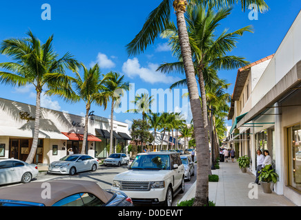 Stores on Worth Avenue in downtown Palm Beach, Treasure Coast, Florida, USA - Stock Photo