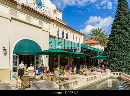 Il Bellagio restaurant next to the Harriet Himmel Theater, South Rosemary Avenue, West Palm Beach, Florida, USA - Stock Photo