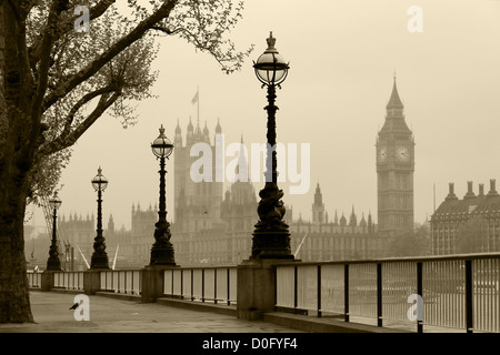 Big Ben & Houses of Parliament, London in fog - Stock Photo