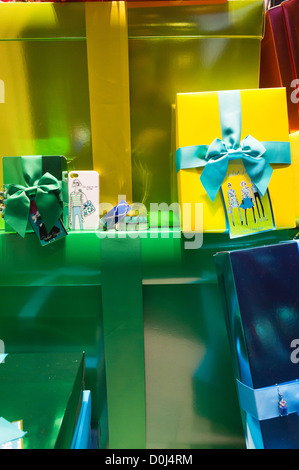 The window of an Ann Taylor store on Fifth Avenue in the Flatiron neighborhood of New York is seen decorated for - Stock Photo