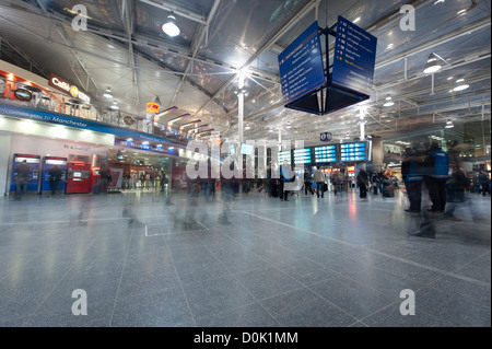 The Foyer of Manchester Piccadilly railway station. - Stock Photo