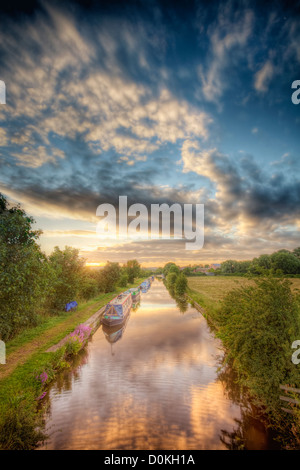 A view from a bridge looking down on the Zouch Cut. - Stock Photo