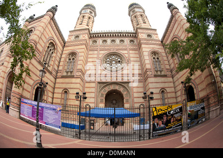 Dohány Street Synagogue (aka the Great Synagogue) in Budapest, the capital of Hungary. It is the largest synagogue - Stock Photo