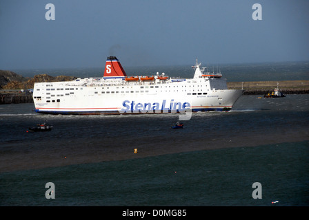 Stenaline fishguard to rosslare ireland ferry arriving - Rosslare ferry port arrivals ...