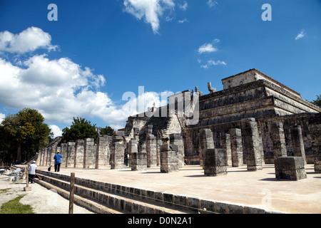 Temple of the Warriors (Templo de los Guerreros) & Group of the Thousand Columns (Grupo de las mil Columnas) Chichen - Stock Photo