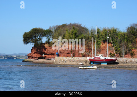 Cliffs on the River Exe Estuary, Lympstone, Devon, England, UK - Stock Photo
