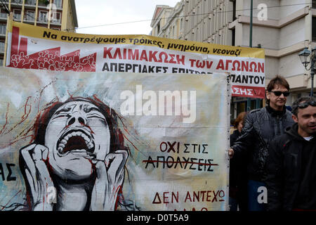 Athens, Greece, November 30th 2012. Public Sector workers march to the Ministry of Administrative Reform to protest - Stock Photo