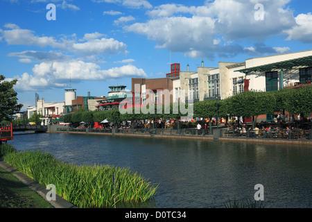 Germany, Oberhausen, Ruhr area, Lower Rhine, North Rhine-Westphalia, NRW, Germany, Oberhausen Neue Mitte, shopping - Stock Photo