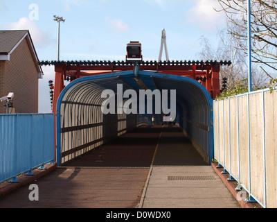 Entrance to Tony Carter bridge, pedestrian and cycle crossing of railway tracks, Cambridge, UK - Stock Photo