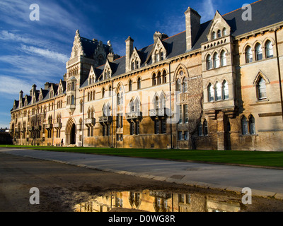 The entrance to Christ Church College, Oxford after the November 2012 floods - Stock Photo