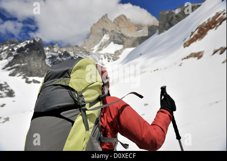 Woman hikes to the lookout point at Cerro Electrico, El Chalten, Argentina - Stock Photo