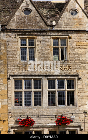 The Kings Arms Hotel, Stow-On-The-Wold, Gloucestershire, England - Stock Photo