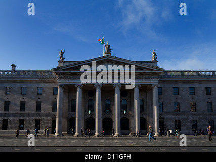The General Post Office (GPO) in O'Connell Street, Rebel headquarters of the 1916 Easter Rising,  in Dublin, Ireland. - Stock Photo