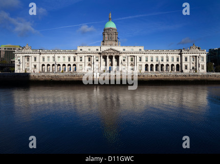 The Custom House, River Liffey, A neoclassical 18th century building designed by James Gandon, Dublin City, Ireland - Stock Photo