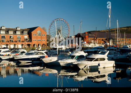 swansea maritime quarter and national waterfront museum swansea wales - Stock Photo