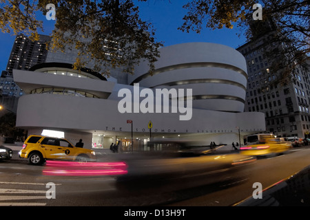 Solomon R Guggenheim Musuem, Mahattan, NYC - Stock Photo