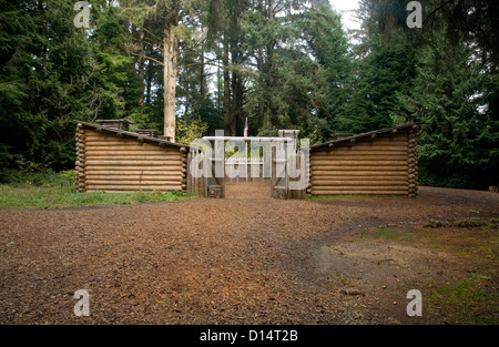 Fort Clatsop Log Cabin Living Quarters With Bunk Beds