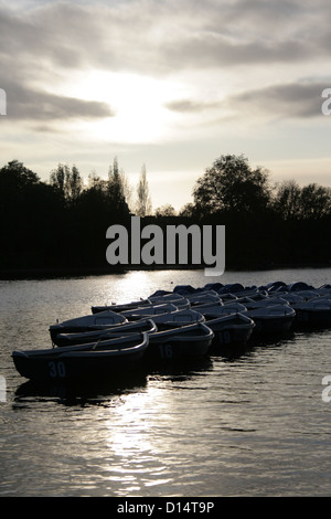 Boats on 'The Serpentine' pond in Hyde Park - Stock Photo